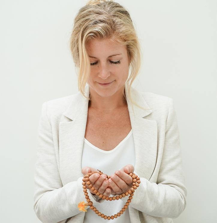 Pranic-Healing-Isabel-Sips-Mala-meditatie-mindfullness